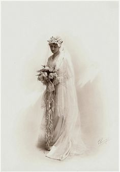 Antique Bride by the-feathered-nest.blogspot.com, via Flickr