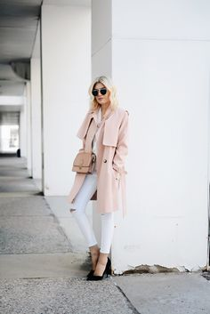I am absolutely obsessed with this pink trench coat from topshop as well as these ripped white denim! I have to say that topshop denim fit is amazing and I often find it difficult to find. These ar...