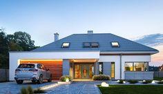 Projekt domu z poddaszem Hiacynt o pow. 210,18 m2 z obszernym garażem, z dachem wielospadowym, z tarasem, z antresolą, sprawdź! Modern Bungalow Exterior, Small House Exteriors, Modern Bungalow House, House Plans Mansion, Barn House Plans, Dream House Plans, Modern Family House, Modern House Design, Small Apartment Plans