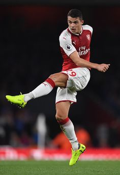 Granit Xhaka Photos - Granit Xhaka of Arsenal during the Premier League match between Arsenal and Leicester City at Emirates Stadium on August 2017 in London, England. - Arsenal v Leicester City - Premier League Soccer Skills, Soccer Tips, Football Soccer, Arsenal Players, Arsenal Fc, Arsenal Football, Hot Rugby Players, Football Players, Soccer World