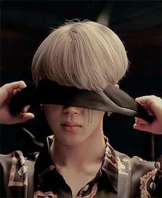 Jimin x Blood Sweat & Tears Bts Mv, Bts Bangtan Boy, Bts Boys, Taehyung, Namjoon, Park Ji Min, Jikook, Demian Hermann Hesse, Tears Gif