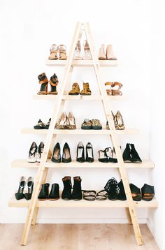 Easy DIY ladder shoe shelf