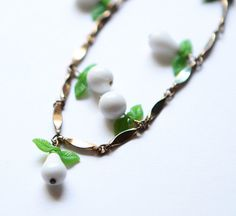 Hey, I found this really awesome Etsy listing at https://www.etsy.com/listing/201122193/vintage-necklace-white-fruit-glass-bead