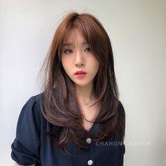 Korean Haircut Medium, Korean Hairstyle Long, Korean Long Hair, Cute Hairstyles For Medium Hair, Medium Hair Cuts, Long Hair Cuts, Medium Hair Styles, Short Hair Styles, Layered Hair With Bangs