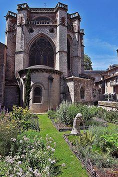 church garden in Cahors, Dordogne, France