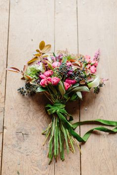 love the organic look of this bouquet, photo by Love by Serena, styling by Sarah Park Events http://ruffledblog.com/oatlands-plantation-wedding-inspiration #flowers #weddingbouquet #wedding