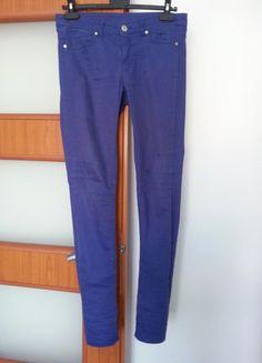 Kup mój przedmiot na #vintedpl http://www.vinted.pl/damska-odziez/dzinsy/15212296-fioletowe-spodnie-hm-rozmiar-38