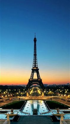 Eiffel Tower Paris - All You Need to Know Before You Go - In.- Eiffel Tower Paris – All You Need to Know Before You Go – Interesting Facts Practical & useful travel tips and holiday inspiration for the whole family. Places Around The World, Travel Around The World, Paris France, Francia Paris, Paris Torre Eiffel, Places To Travel, Places To Visit, Travel Destinations, Amazing Destinations