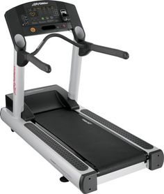 Need a standard treadmill? This may look basic, but #AdvancedExerciseEquipment offers the Integrity treadmill series from Life Fitness that features nearly 30 pre-programmed workouts! - For more information, check out: http://www.advancedexercise.com/catalog/products/Life-Fitness-Integrity-Series-Treadmill.html!