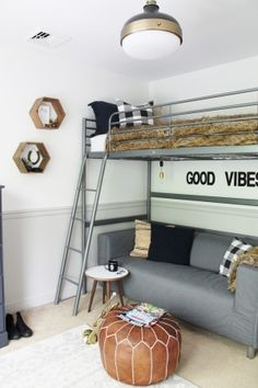 room makeover boys Tour this gorgeous modern farmhouse full character and charm with plenty of natural wood elements, rustic decor and light, bright rooms Boys Bedroom Decor, Farmhouse Bedroom Decor, Bedroom Loft, Boys Bedroom Ideas Tween, Boy Bedrooms, Master Bedroom, Trendy Bedroom, Budget Bedroom, Bedroom Storage