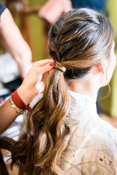 Wavy Centre-Parted Tree Braids - Top 25 Tree Braids Hairstyles - The Trending Hairstyle Wedding Hair Up, Wedding Hairstyles For Long Hair, Pretty Hairstyles, Bridal Hair, Tree Braids Hairstyles, Braided Ponytail Hairstyles, Oui Oui, Trending Hairstyles, Stylish Hair