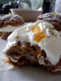 Bake n' Beebz: Mini Zesty Carrot Cakes