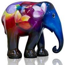 "Midnight Rainbow elephant: Midnight ""Midnight Rainbow"": The late night dance of a moth under the moon on an elephant body Happy Elephant, Elephant Love, Elephant Art, Elephant Design, African Forest Elephant, Asian Elephant, All About Elephants, Elephas Maximus, Cow Parade"