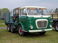 A few pics from Italia! Don't forget we want to see your pics too. Cool Trucks, Big Trucks, Cool Cars, Diesel Cars, Diesel Trucks, Vintage Vans, Vintage Trucks, Volkswagen, Classic Trucks