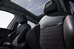 Peugeot 2008 restylé salon de Genève 2016 finition GT Line Peugeot 2008, Photos Du, Car Seats, Backpacker, Baby Born, Living Room