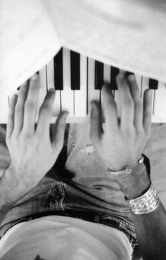 Mika playing piano