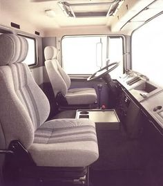 Hispano Suiza, Industrial, Truck Interior, Old Trucks, Cars And Motorcycles, Trailers, Mercedes Benz, Camper, Car Seats