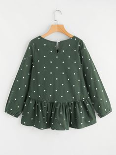 design of blouse Polka Dot Print Frill Dip Hem Blouse -SheIn(Sheinside) Dresses Kids Girl, Girl Outfits, Cute Outfits, Fashion Outfits, Pakistani Dress Design, Dress Patterns, Baby Dress, Blouse Designs, Casual Dresses