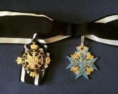 """Der Orden Pour le Mérite (dt. """"Für das Verdienst"""") wurde von Friedrich dem Großen gestiftet und war neben dem Orden vom Schwarzen Adler die bedeutendste Auszeichnung, die in Preußen vergeben werden konnte. Der Orden geht auf den 1667 gestifteten Ordre de la Générosité zurück."""