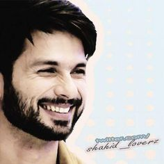 Shahid Kapoor Loverz - Gosh!  Love his smile!