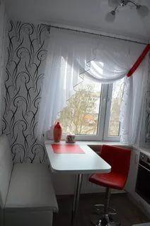 идеи для маленькой кухни фото в хрущевке с колонкой: 12 тыс изображений найдено в Яндекс.Картинках