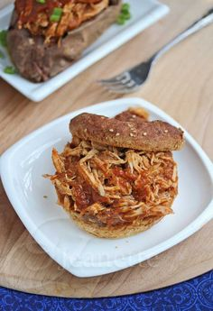 Crock Pot Barbecue Pulled Chicken Recipe - Jeanette's Healthy Living Love my crockpot Crock Pot Slow Cooker, Crock Pot Cooking, Slow Cooker Recipes, Crockpot Recipes, Cooking Recipes, Healthy Recipes, Eat Healthy, Cooking Time, Healthy Meals