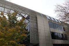 State Street Village, IIT dormitories, Chicago, IL. Designed by Helmut Jahn of Murphy-Jahn Associates.