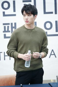 Infinite Members, L Infinite, Hi School Love On, Dong Woo, Kim Sung Kyu, Nam Woo Hyun, Seoul Music Awards, Myungsoo, Woollim Entertainment