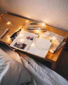 My workspace for today ✨🌝 I hope you all enjoyed my new video about what I love about autumn and if you haven't seen it yet, check it out! The link is in my bio ❤️🍂 - - - - - - #photography #photographer #urbanoutfitters #americanapparel #minimalism #productivity #bulletjournal #plantbased #planneraddict #fairylights #brandonwoelfel #muji #stationary #studyblr