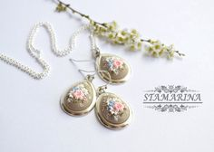 Hey, I found this really awesome Etsy listing at https://www.etsy.com/listing/229398736/pendant-and-earrings-set-bliss