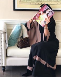 Pinterest: just4girls Modesty Fashion, Abaya Fashion, Muslim Fashion, Women's Fashion, Hijabi Girl, Girl Hijab, Hijab Outfit, Abaya Dubai, Abaya Designs Dubai