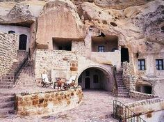 700 Year Old Hobbit Cave Homes For Rent in Iran 700 Year Old Underground Cave Homes For Rent in Iran – Inhabitat - Green Design, Innovation, Architecture, Green Building Underground Caves, Fresno Underground Garden, Cave Hotel, Old Stone Houses, Unusual Homes, Earth Homes, Sustainable Architecture, Persian Architecture, Vernacular Architecture