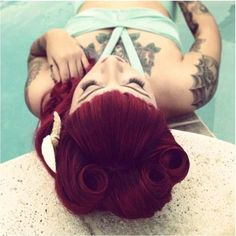 beautiful rolls + bettie bangs #hair #rockabilly #rock #beauty