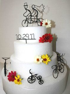 what about this set? We can use the other bikes in various arrangements and maybe on the sweet table.