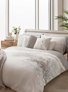 Shop Comforters, Duvet Covers & Duvet Cover Sets Online in Canada | Simons