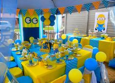Minions Party More decorating ideas on albums: Minions Party 2 Minions Birthday Theme, Minion Party Theme, Despicable Me Party, Second Birthday Ideas, Baby Girl First Birthday, 3rd Birthday Parties, 2nd Birthday, Minion Centerpieces, Minion Party Decorations