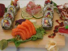 Offu Sushi Bar, Premià de Mar - Opiniones, Número de Teléfono & Fotos - TripAdvisor Sushi, Barcelona Restaurants, Bean Stew, Sandwich Cake, Hors D'oeuvres, Best Appetizers, Savoury Cake, Food Design, Finger Foods