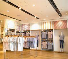 uniqlo + MT (7) Visual Merchandising, Uniqlo, Blog, Female, Inspiration, Home Decor, Biblical Inspiration, Decoration Home, Room Decor