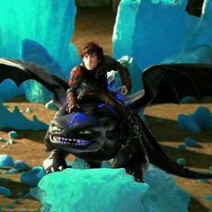 Toothless - can be the most dangerously furious and the most cute dragon at the same time! Httyd Dragons, Dreamworks Dragons, Cute Dragons, Dreamworks Animation, Disney And Dreamworks, Httyd 2, Toothless Dragon, Hiccup And Toothless, Dragon Rider