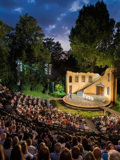 #30 - Open Air Theatre - Live performances are presented in Regent's Park.