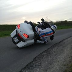 le genou en goldwing