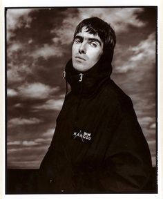 Over 100 rare Oasis photographs to be displayed at 'Definitely Maybe' celebration in London Gene Gallagher, Lennon Gallagher, Liam Gallagher Oasis, Oasis Music, Definitely Maybe, Liam And Noel, Beady Eye, Great British, Rare Photos