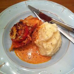 Gratinerad falukorv med gott mos. | Mitt kök Swedish Recipes, Cheap Meals, Cheap Food, Recipe For Mom, Recipes From Heaven, Sausage Recipes, Fish And Seafood, Food For Thought, Holiday Recipes