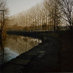 Poster Canal in Bradford, Fotodruck von Fay Godwin Magnolia Box Größe: Groß Painting Frames, Painting Prints, Canvas Prints, Art Prints, A Level Photography, Landscape Photography, River Painting, Famous Photographers, Bradford
