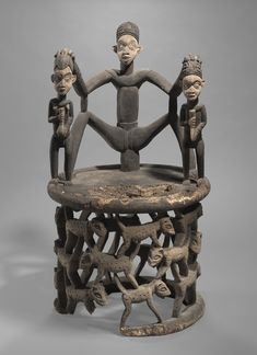 Chief's Chair Surmounted by the Queen Mother and Her Attendants late to early century Wood and pigment Object: x x cm x 27 x 28 in.) Charles B. Benenson, B. Collection Geography: Made in Guinea Coast, Cameroon Culture: Bamileke Arte Tribal, Tribal Art, African Furniture, African House, African Sculptures, Africa Art, Historical Artifacts, African Tribes, Soul Art