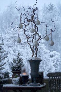 #christmas #kerst #kerstmis #sneeuw #snow #garden #porch #winter #outdoor #buiten #tuin #idee #idea #decorations #decoratie ♥ #Fonteyn
