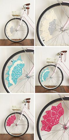 Pimp Your Bike- Crochet skirt guards. Now i need a bike to do this to! Crochet Cross, Crochet Home, Cute Crochet, Crochet Yarn, Beautiful Crochet, Yarn Bombing, Pimp Your Bike, Bike Decorations, Bike Art