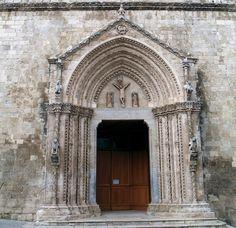 Cattedrale di Larino portale