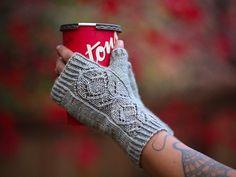 Fingerless Gloves, Arm Warmers, Fashion, Threading, Mittens, Moda, Fingerless Mitts, Fingerless Mittens, Fasion