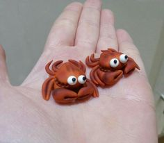 Dee Raa Arts crab crabs polymer clay sculpey fimo premo miniature little cute realistic sea side creature
